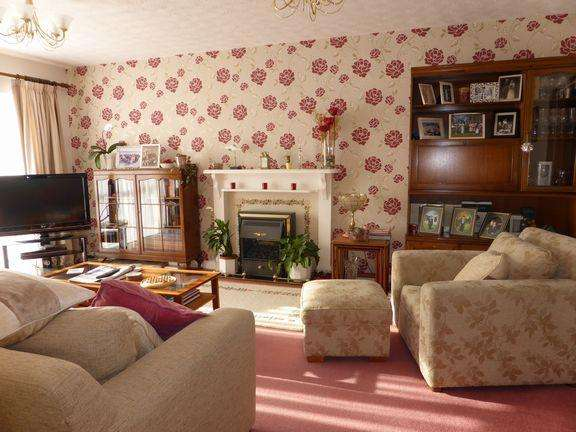 4 Bedrooms Detached House for sale in West Christchurch, Dorset