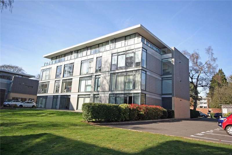1 Bedroom Flat for sale in Oriel Court, Newsom Place, St. Albans, Hertfordshire