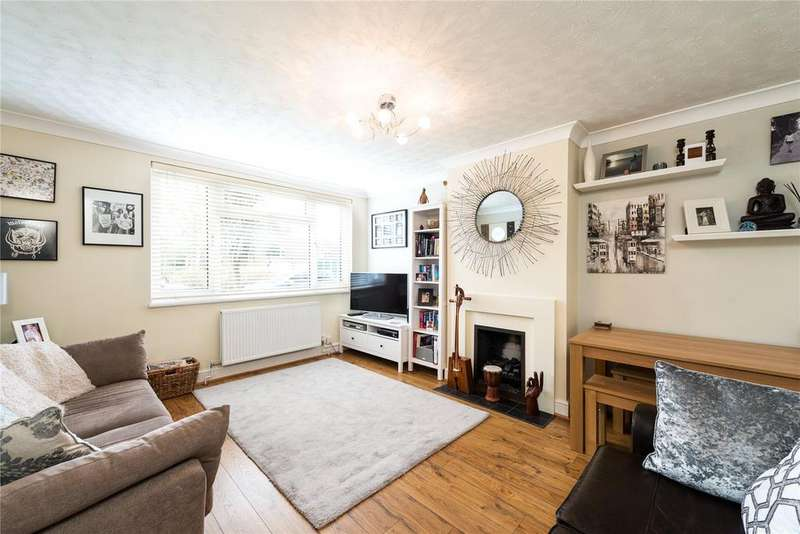 2 Bedrooms Flat for sale in Windrush Close, Bolton Road, London