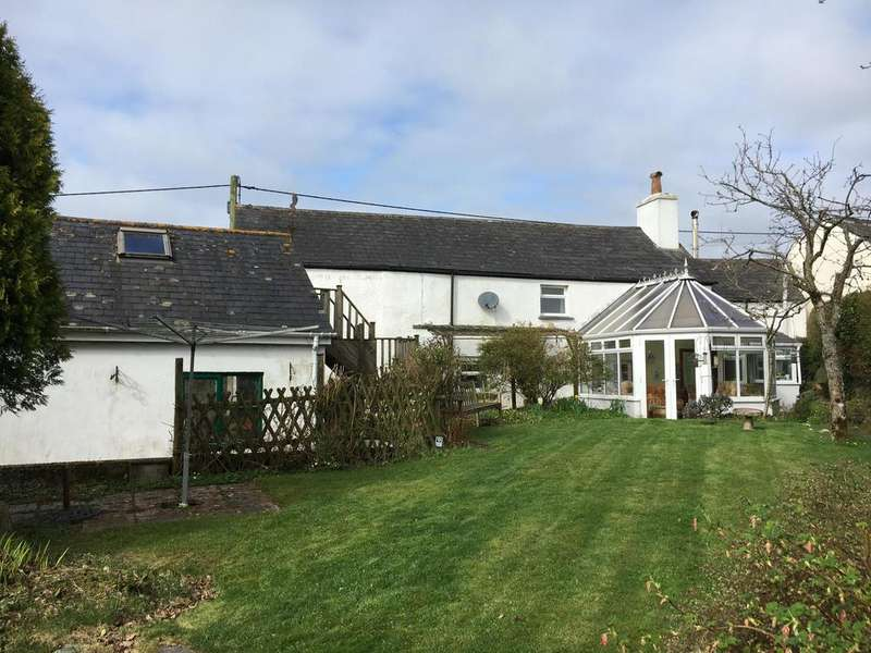 3 Bedrooms Detached House for sale in Daws House, Launceston