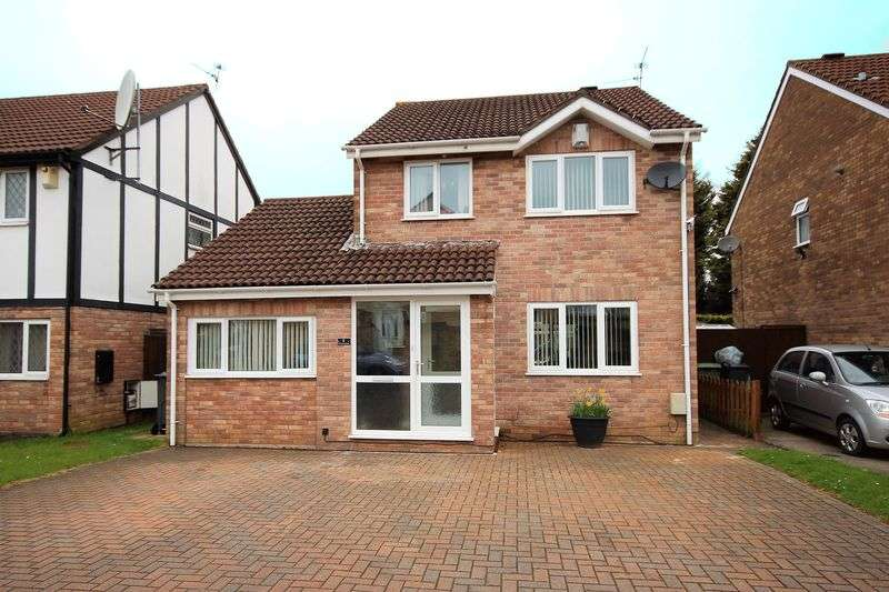 3 Bedrooms Detached House for sale in Cormorant Close, St Mellons