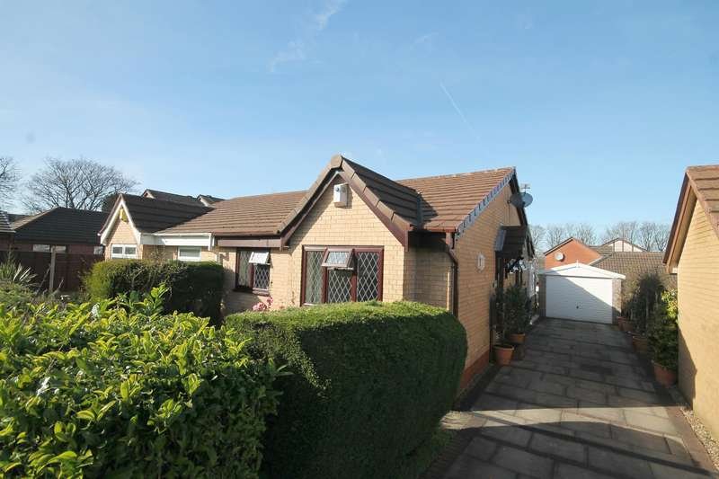2 Bedrooms Semi Detached Bungalow for sale in Division Street, Great Lever, Bolton, BL3 2DQ