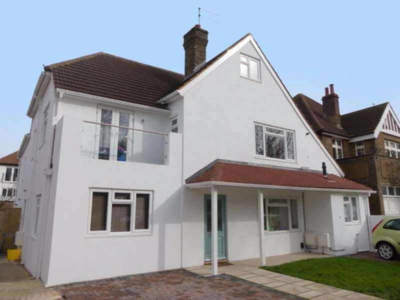 3 Bedrooms Semi Detached House for sale in Nizells Avenue Hove East Sussex BN3