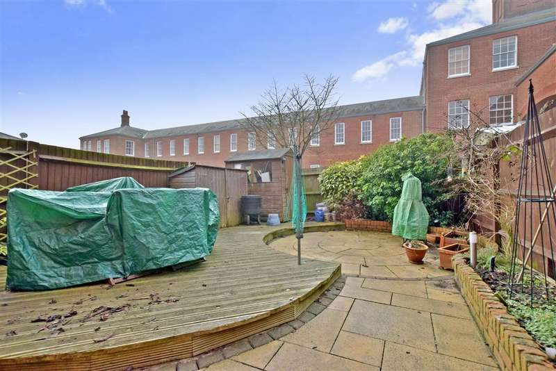 3 Bedrooms Terraced House for sale in Consort Mews, Knowle, Fareham, Hampshire