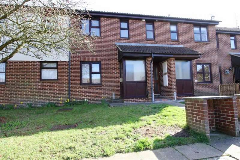 1 Bedroom Flat for sale in Marlbrough Way, Billericay, Essex, CM12 0YJ