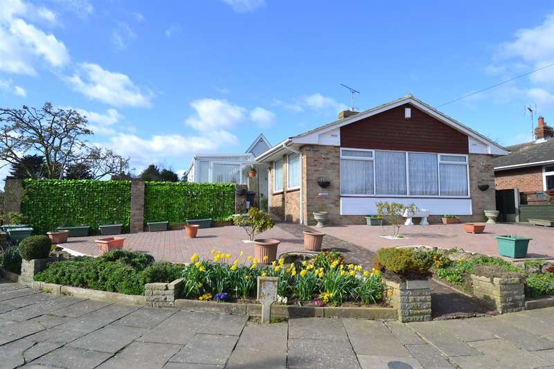 3 Bedrooms Detached Bungalow for sale in Lismore Road, South Tankerton, WHITSTABLE