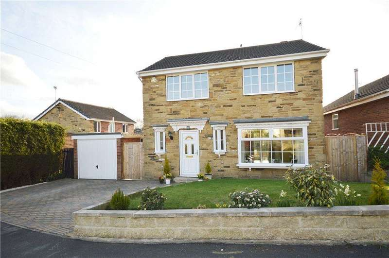 4 Bedrooms Detached House for sale in Abbeydale Oval, Kirkstall, Leeds