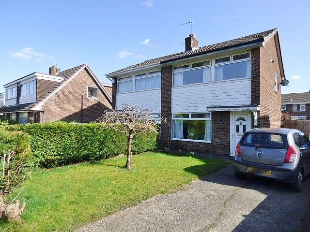 3 Bedrooms House for sale in Worsborough Avenue, Great Sankey, Warrington