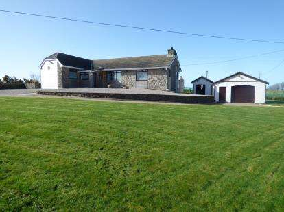 2 Bedrooms Bungalow for sale in Mynydd Bodafon, Anglesey, Sir Ynys Mon, North Wales, LL71