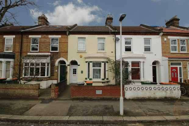 3 Bedrooms Terraced House for sale in Godwin Road, London, Greater London, E7 0LF
