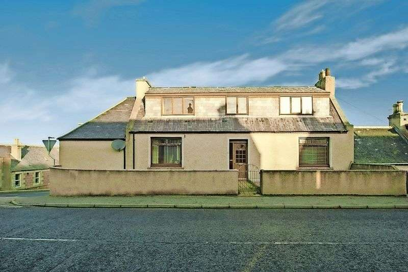 3 Bedrooms Detached House for sale in Buchan Street, AB44 1TJ