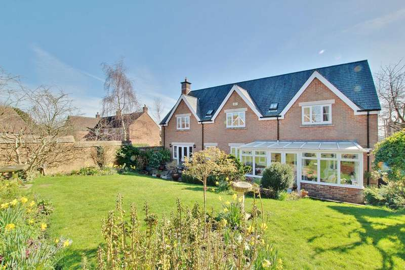 4 Bedrooms Detached House for sale in WHITEPARISH