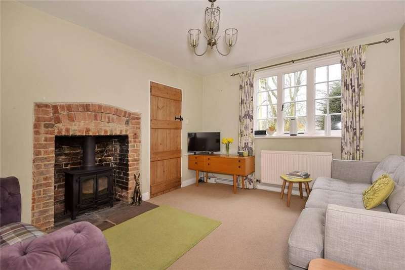 3 Bedrooms Semi Detached House for sale in West Overton, Marlborough, Wiltshire