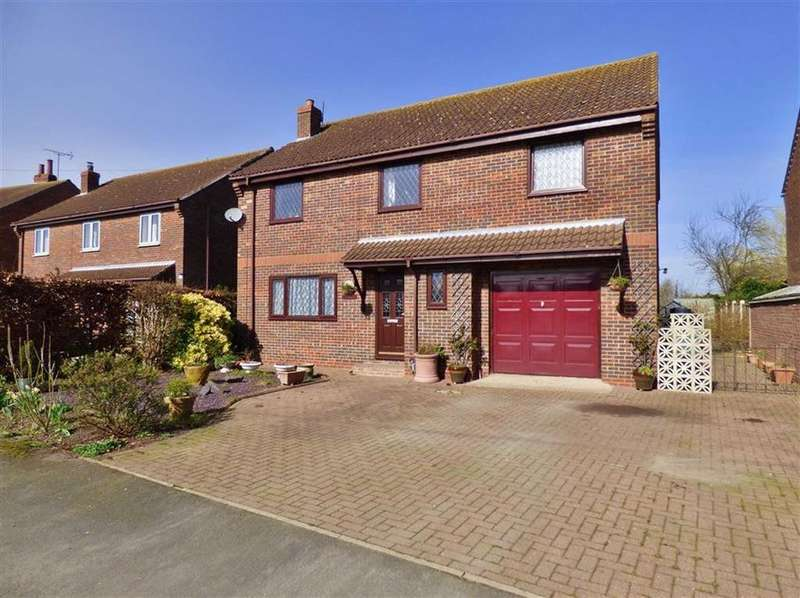4 Bedrooms Detached House for sale in Back Lane, Driffield