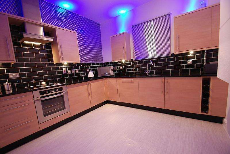 2 Bedrooms Flat for sale in Ingham House, South Shields