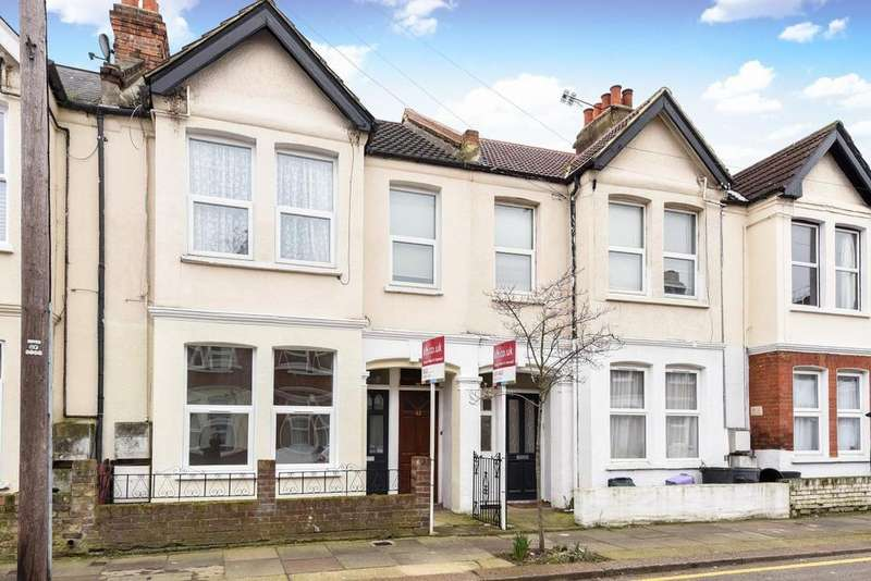 3 Bedrooms Maisonette Flat for sale in College Road, Colliers Wood, SW19