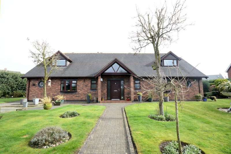 4 Bedrooms Detached House for sale in Goose Lane, Hatton