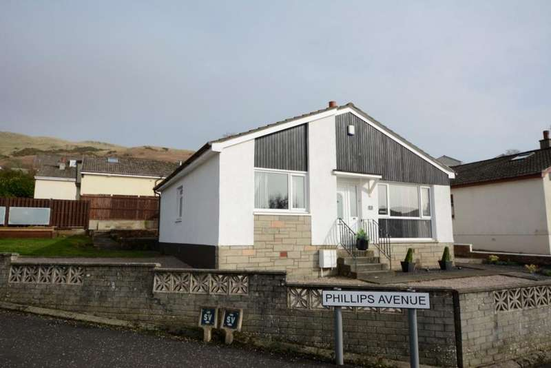 3 Bedrooms Detached House for sale in 22 Phillips Avenue, Largs, KA30 9EP