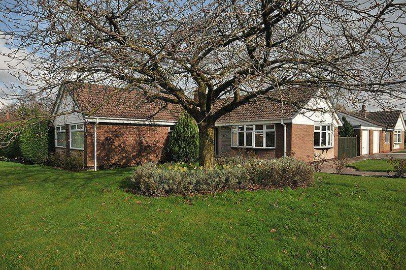 4 Bedrooms Detached Bungalow for sale in Ash Grove, Knutsford