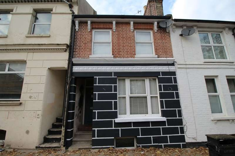 3 Bedrooms Property for sale in Priory Road, Hastings, TN34