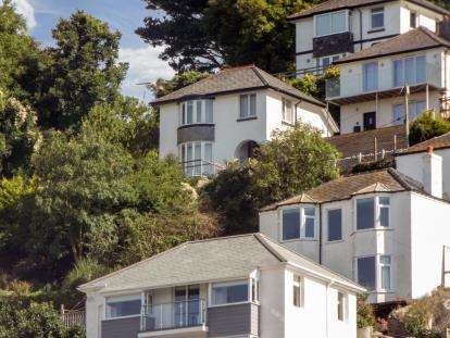 3 Bedrooms Detached House for sale in Looe, Cornwall, Uk