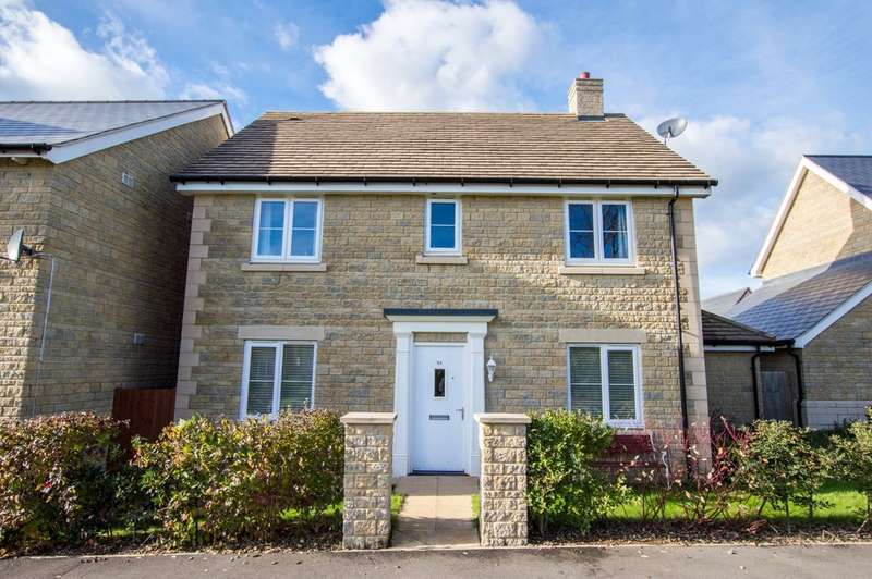 4 Bedrooms Detached House for sale in Gotherington Lane, Bishops Cleeve, GL52 8EN