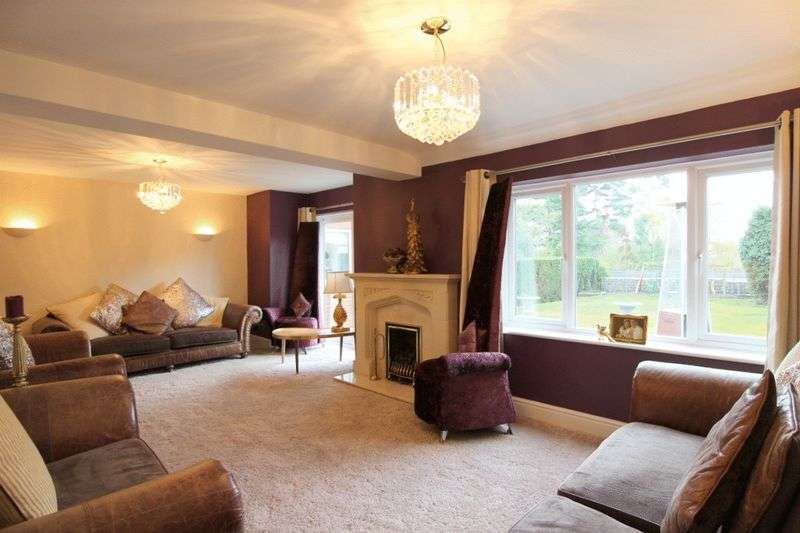 4 Bedrooms Detached House for sale in Crewe Road, Wistaston