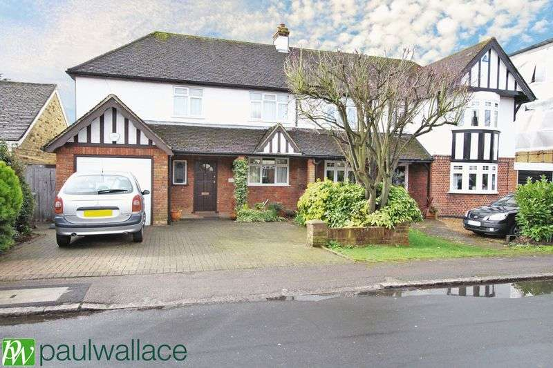 3 Bedrooms Semi Detached House for sale in Old Nazeing Road, Broxbourne
