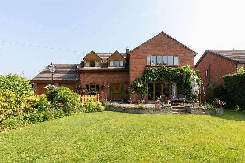 6 Bedrooms Detached House for sale in Farley Lane, Roby Mill, WN8 0QG
