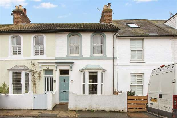 3 Bedrooms Terraced House for sale in Suffolk Street, Whitstable