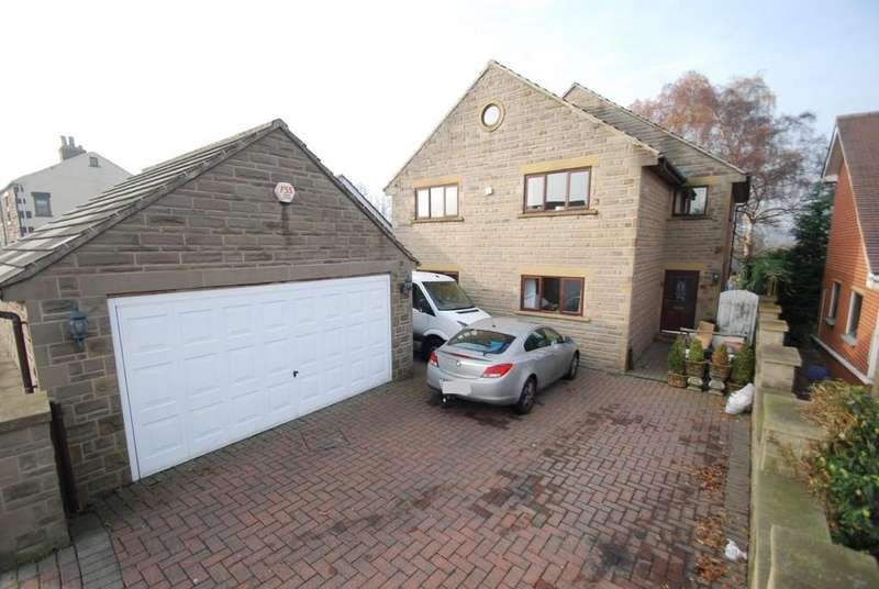 4 Bedrooms Detached House for sale in Dearne Hall Road, Barugh Green S75
