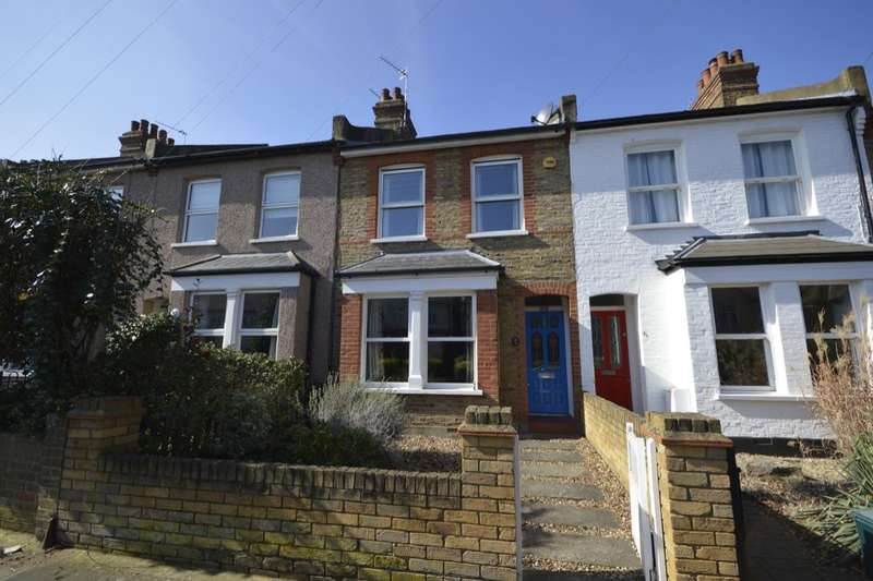 2 Bedrooms Property for sale in Colonial Avenue, Whitton, Twickenham, TW2
