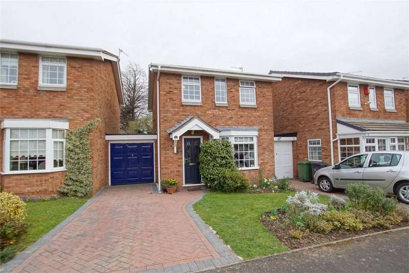 3 Bedrooms Detached House for sale in Drayton Court, Woodloes Park, Warwick