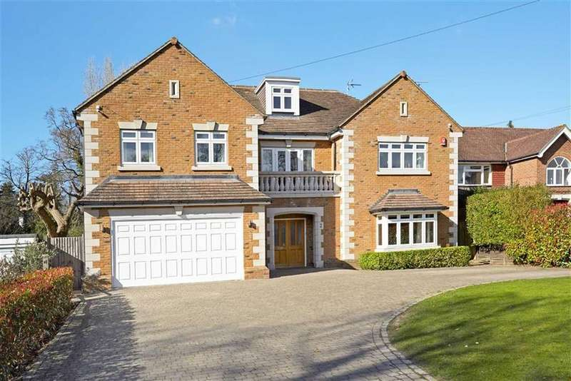 6 Bedrooms Detached House for sale in Burn Close, Oxshott, Surrey, KT22