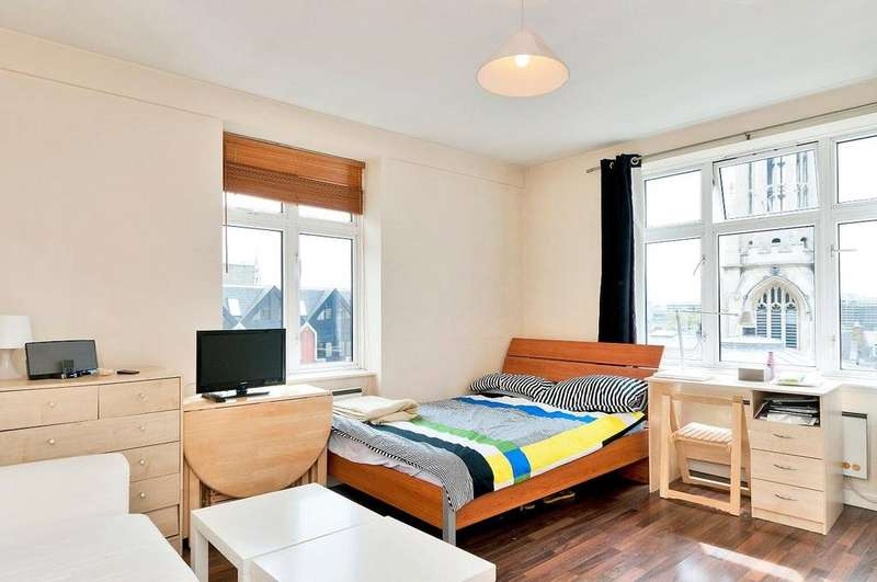 Studio Flat for sale in Cliffords Inn, Fetter Lane, London