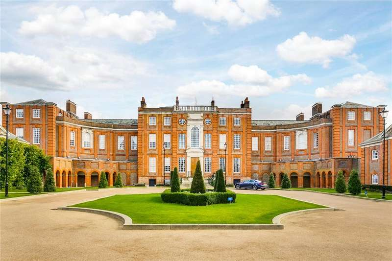 2 Bedrooms Flat for sale in Roehampton House, Vitali Close, London