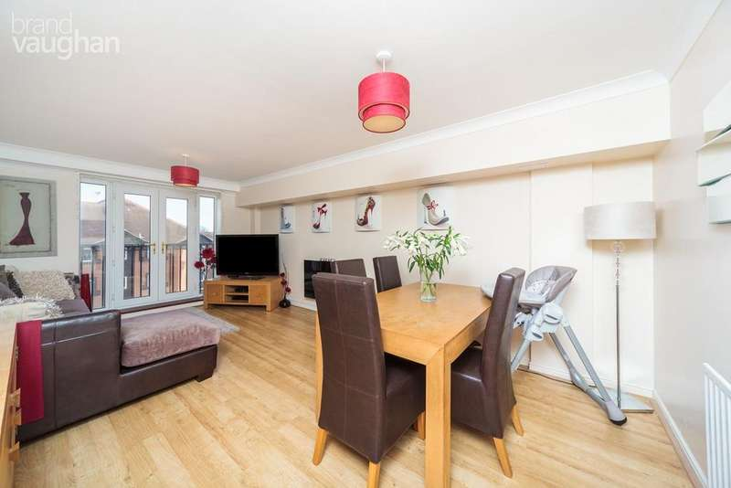 2 Bedrooms Flat for sale in Davigdor Road, Hove, BN3