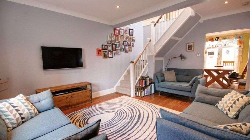 3 Bedrooms Detached House for sale in Anthony Road, Exeter