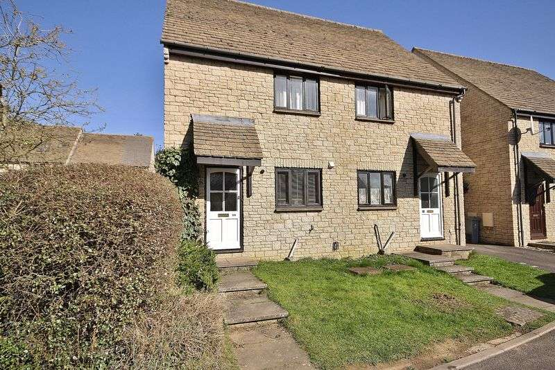 2 Bedrooms Semi Detached House for sale in DONNINGTON CLOSE, Deer Park, Witney OX28 5FR