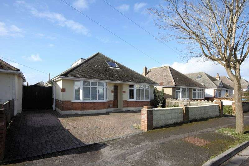 4 Bedrooms Bungalow for sale in Pauntley Road, Christchurch