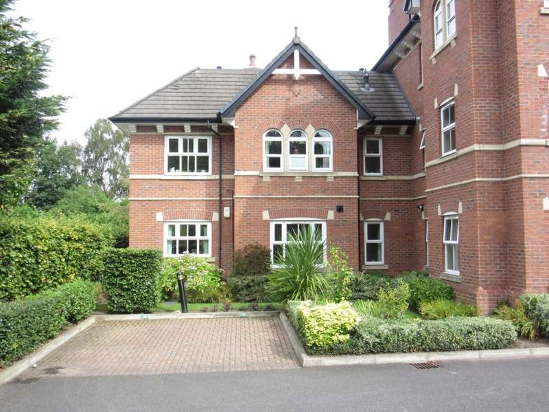 2 Bedrooms Apartment Flat for sale in Lynton Grove, Timperley, WA15