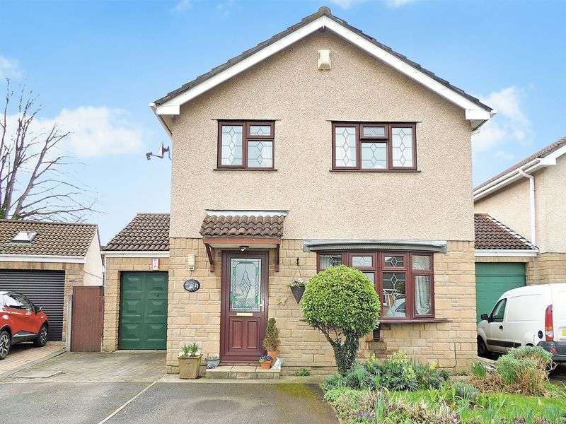 4 Bedrooms Detached House for sale in Francis Place, Longwell Green, Bristol
