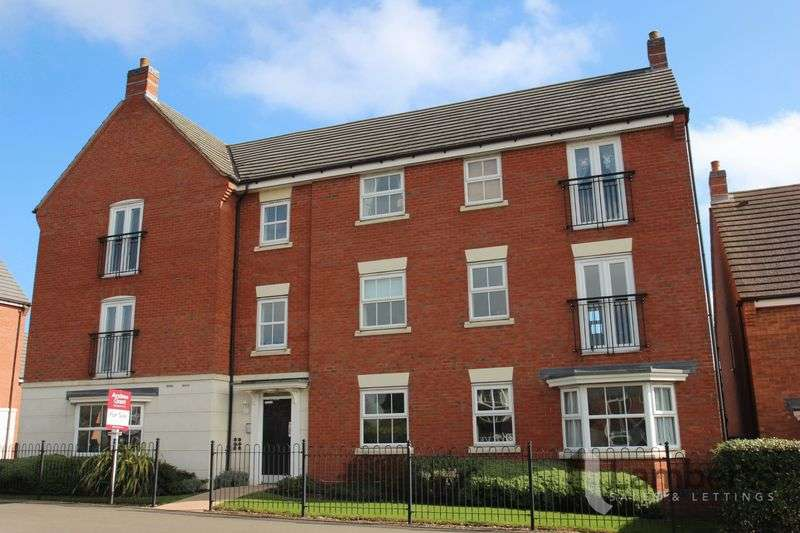 2 Bedrooms Flat for sale in Evesham Road, Headless Cross, Redditch