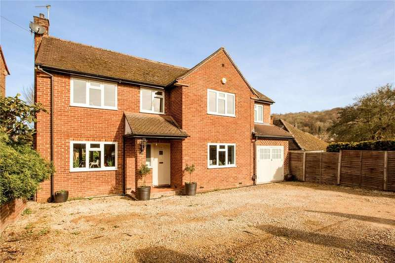 5 Bedrooms Detached House for sale in Orchard Close, Hughenden Valley, High Wycombe, Buckinghamshire, HP14
