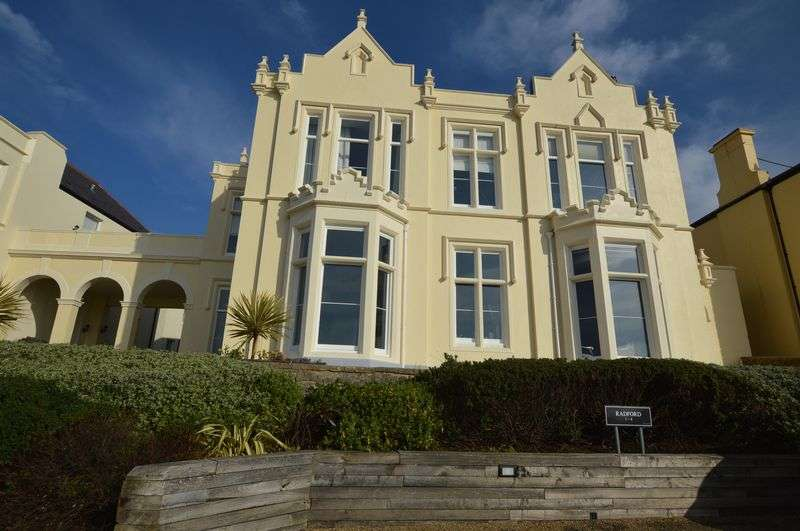 2 Bedrooms Flat for sale in Upper Kewstoke Road, Weston-Super-Mare