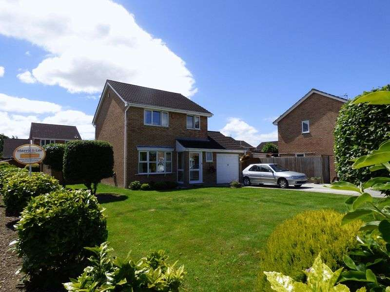 3 Bedrooms Detached House for sale in Emlyn Close, Worle, Weston-Super-Mare