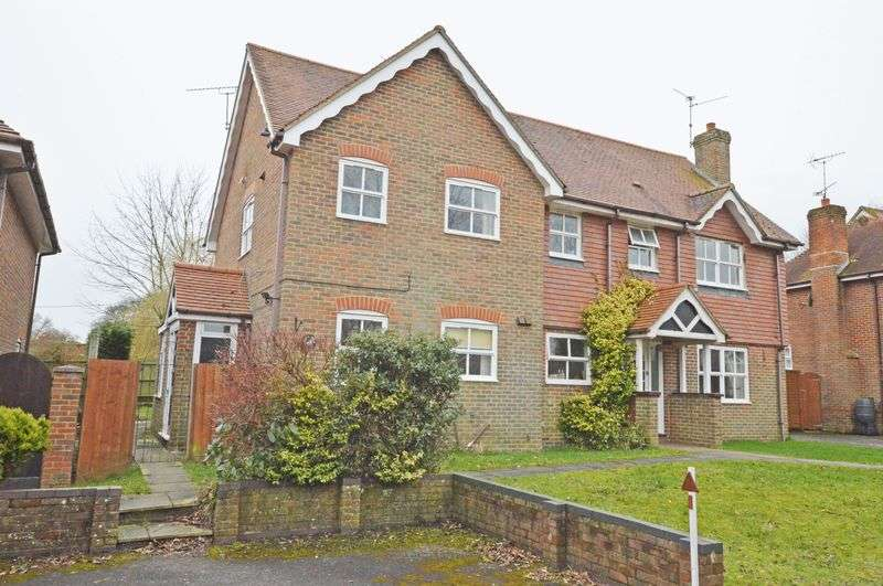 2 Bedrooms Semi Detached House for sale in Brightstone Lane, Farringdon, Alton, Hampshire