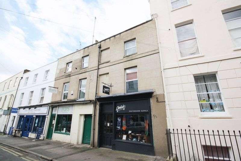 2 Bedrooms Flat for sale in Grosvenor Street, London Road, Cheltenham
