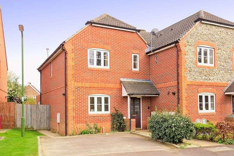 3 Bedrooms Semi Detached House for sale in Old Bakery Gardens, Chichester