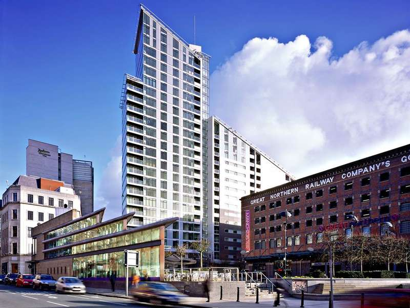 2 Bedrooms Apartment Flat for sale in Great Northern Tower, 1 Watson Street, Manchester, M3 4EH
